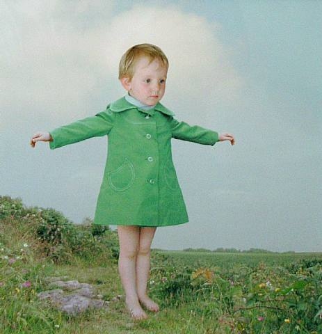 loretta lux Loretta lux - loretta lux is a fine art photographer known for her surreal portraits of young children.