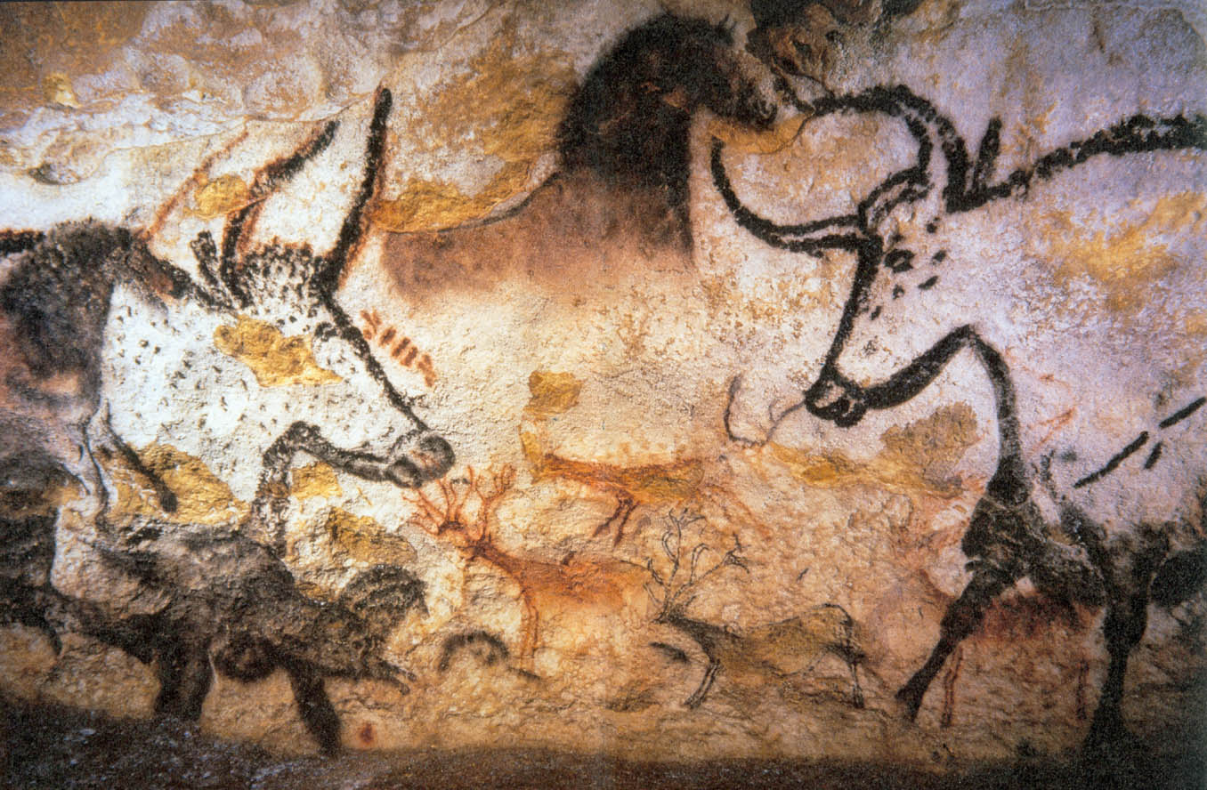 Bulls and horses, Caves of Lascaux, France