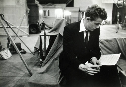 Bob_Willoughby_James_Dean_reading_music_score_for_Rebel_Without_A_2577_41