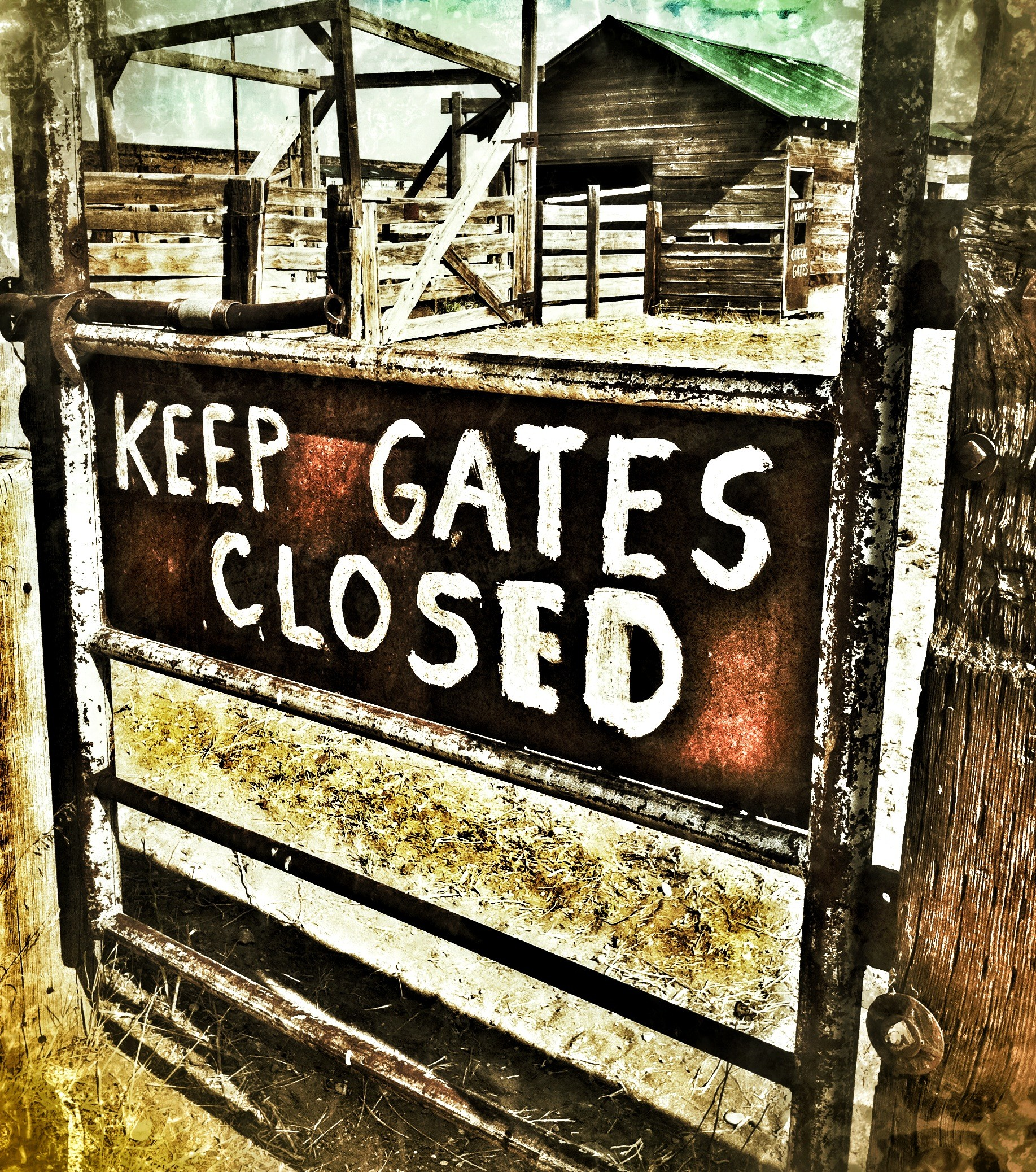 sericson Keep Gates Closed ranch sign