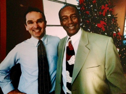 Ernie Banks and Mark Lewis, 533 x 400 pixels
