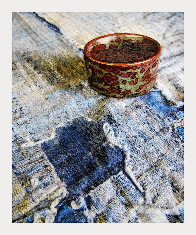 Still LIfe, Green spotted saki cup and Boro, var. 1 full, 300 pixels150 pixels